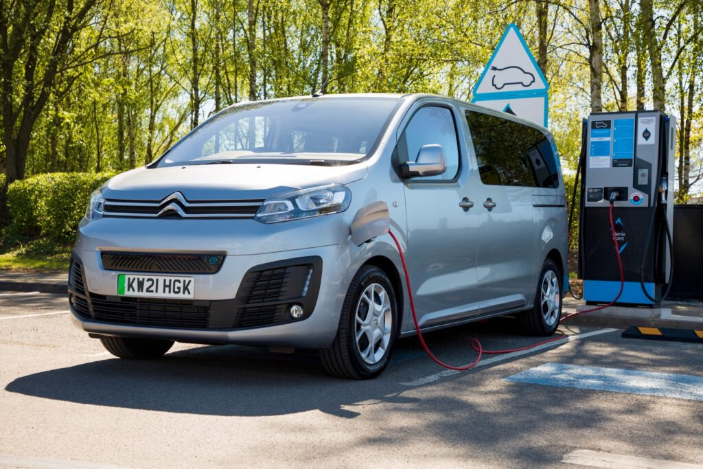 Citroën s new ë-SpaceTourer range. The far-reaching changes see the removal of the existing 'Business' and 'Feel' trim levels, replacing them with new 'Business Edition' and 'Flair' versions.